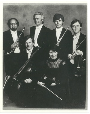 Australia Ensemble UNSW 1983 Murray Khouri clarinet, David Bollard piano, Geoffrey Collins flute, Dene Olding violin, David Pereira cello, Irina Morozova viola